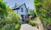 The Lodge is a character cottage right in the heart of Croyde
