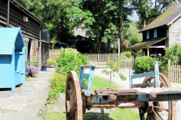 040 Farmyard Garden edit.