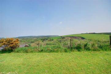 Beautiful uninterrupted countryside views