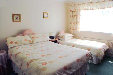 Primley Park Paignton - Triple Bedroom