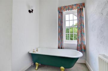 Bedroom 2 - En-suite - View 2