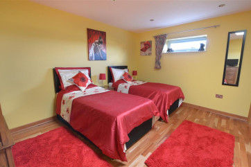 The colour scheme for this room is red