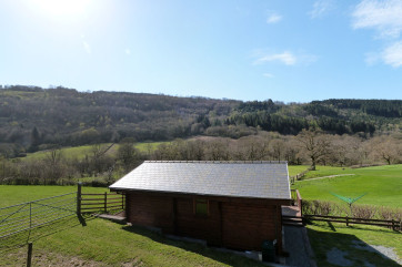 Snowdonia log cabin in a lovely setting near Betws y Coed