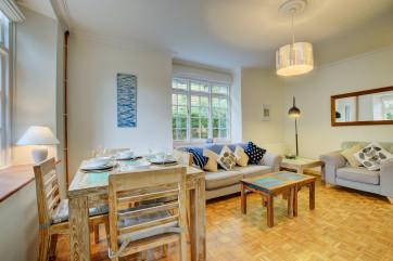 Wild Rose Cottage, Asprington - Sitting room