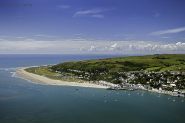 Aberdyfi, 15 miles away offers great cafes, restaurants and a sandy beach