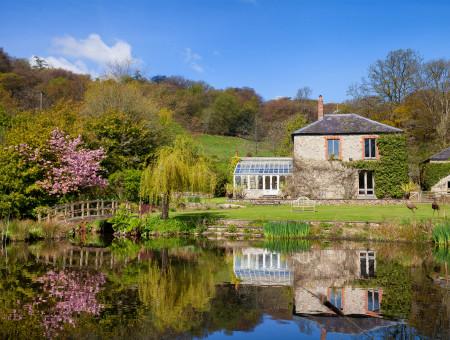 Hutchinghayes Farmhouse