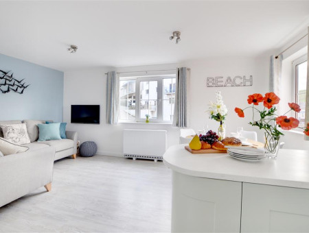 This stylish contemporary apartment has been designed to provide the perfect beach-base retreat for surfers and families