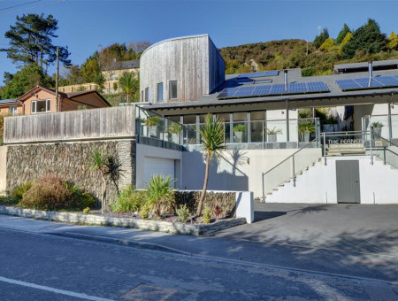 A spacious and contemporary, architect designed, holiday home located in a lush green valley at Higher Slade