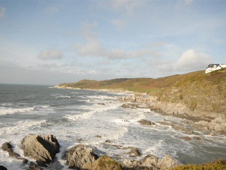 Glenhaven has the most magnificent panoramic views of the sea and spectacular coastline