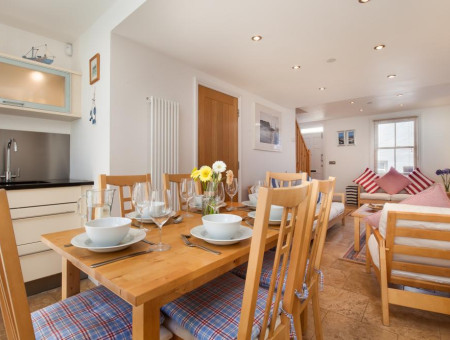 Coastguard Cottage for Couples, Shaldon - Kitchen and dining area