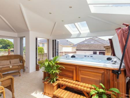 Cherry Stones, Paignton - Hot tub room