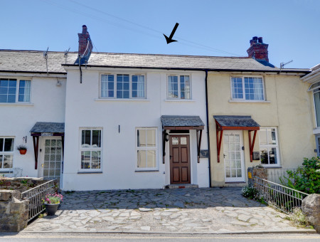 A character cottage just a 5 minute stroll from the centre of Croyde