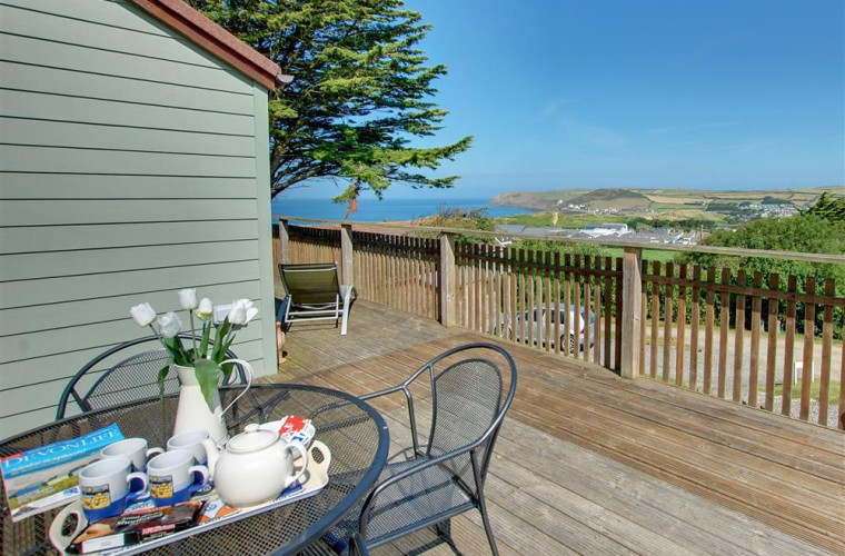 Distant Point is a modern detached home in an enviable location with sea views from almost every room