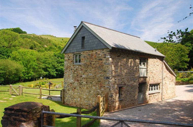 A tranquil retreat in the heart of Exmoor, ideal for a romantic holiday for two