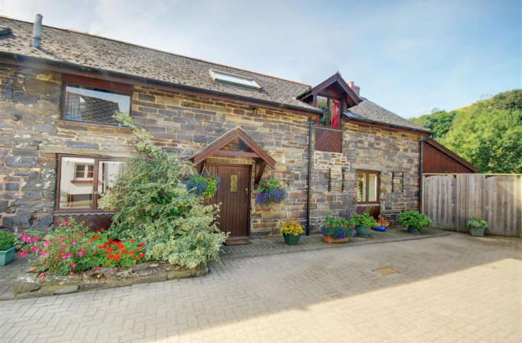 This barn conversion is equipped to a high standard.