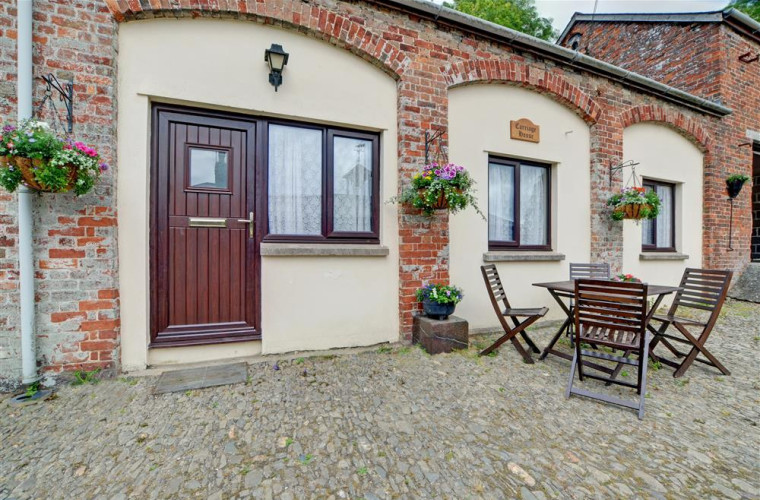 Lovely cobbled courtyard
