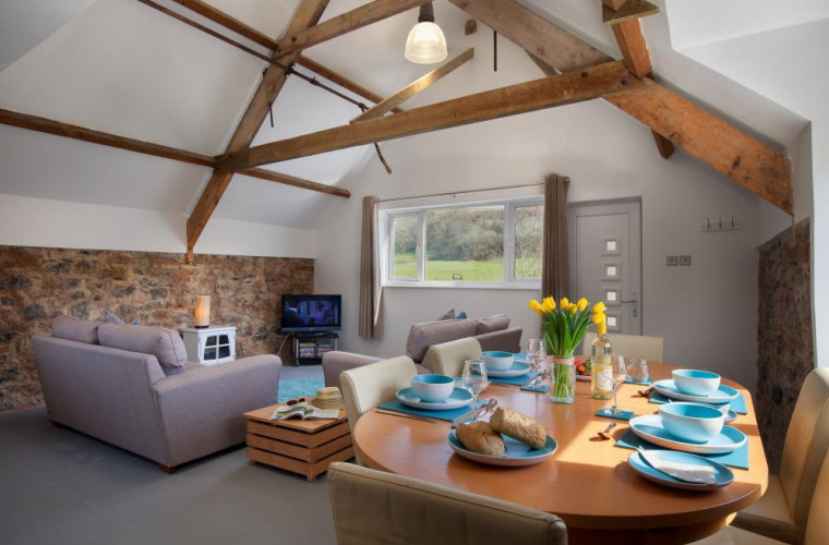 The Granary Mill Apartment - Lounge with kitchen/dining area