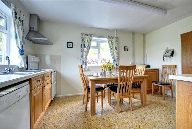 WAG298 - Kitchen Diner View 1
