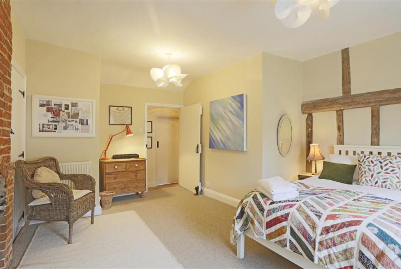 Bedroom 1 - View 2