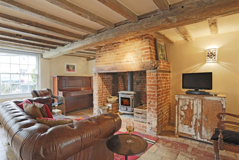 Sitting Room - View 3