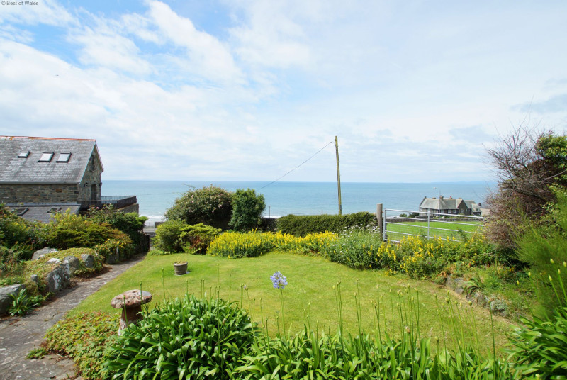 Beautiful, south facing front garden overlooking the sea.